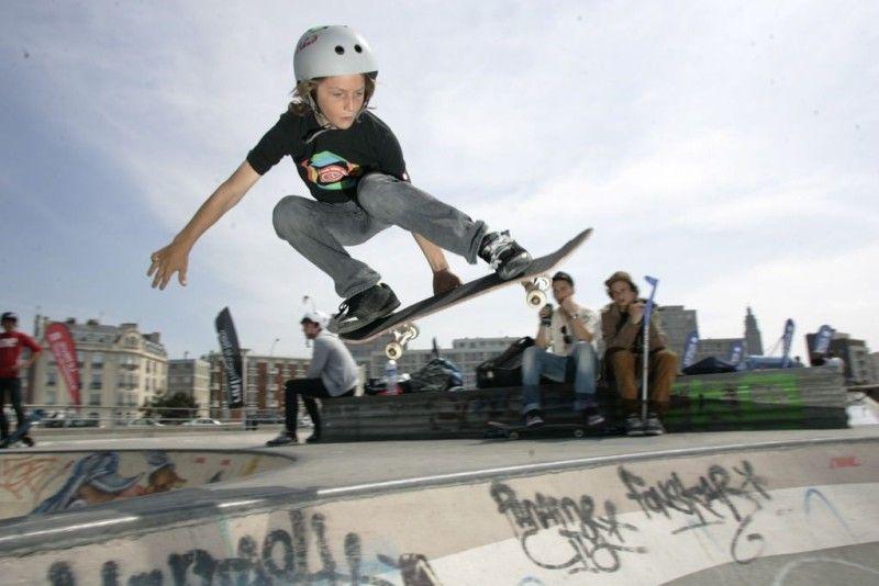 Skateboard Tricks For Kids Skateboard Skate Kids