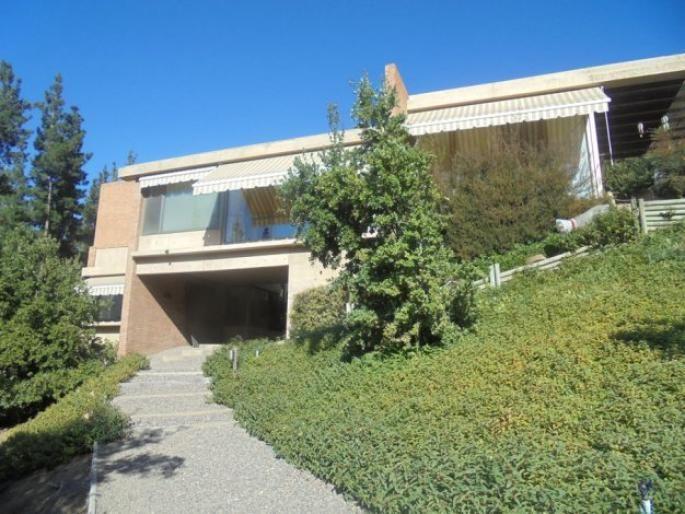 Excelente casa Mediterránea Informe de Engel & Völkers   T-1422227 - ( Chile, Región Metropolitana de Santiago, Lo Barnechea, El Arrayán )