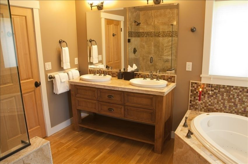 Downstairs Master Bath With Jetted Tub Shower And Walk In Closet General Home Projects