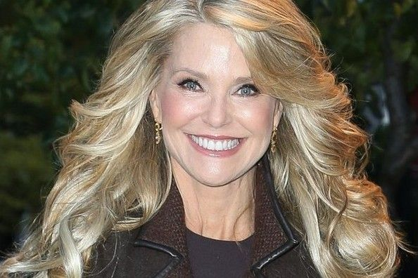 christie brinkley launches hair2wear collection christie brinkley ...