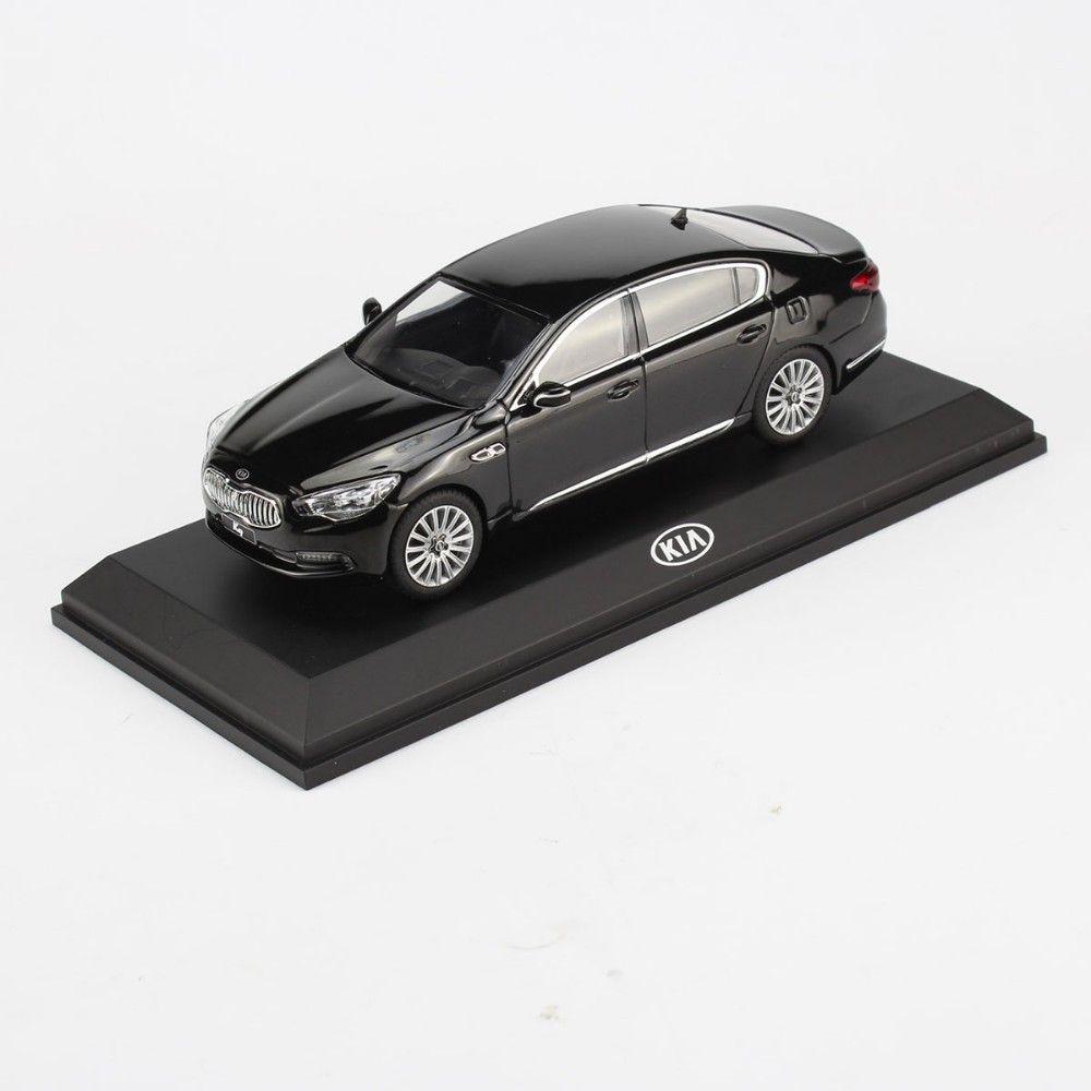 1 32 scale of kia k9 quoris diecast model car