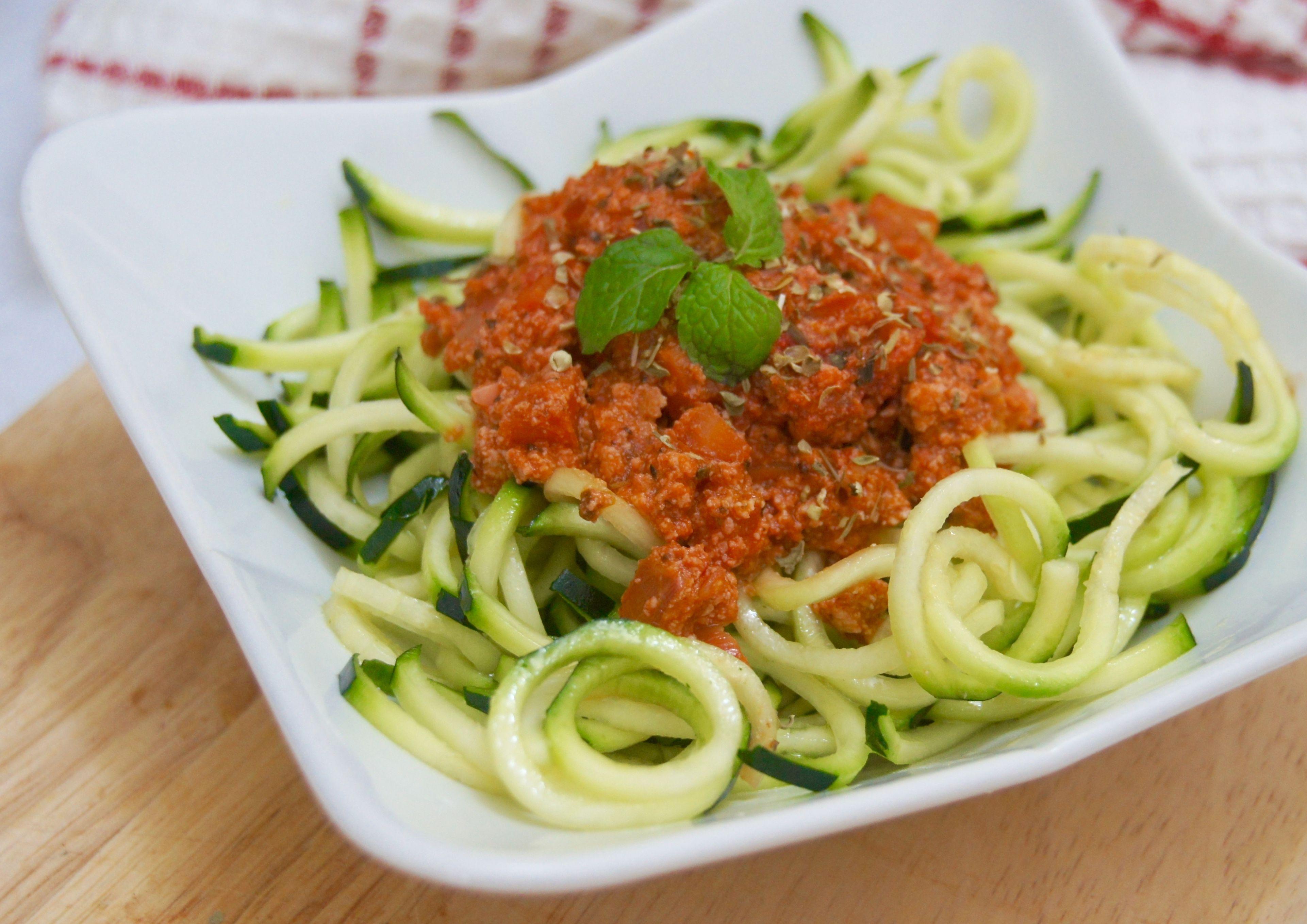 Raw bolognese spaghetti