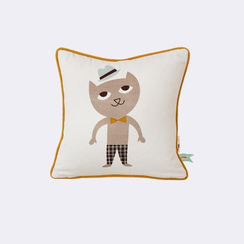 Cat Cushion - Our playful pillows are made of 100% organic cotton, is printed by hand and is filled with feather and down.