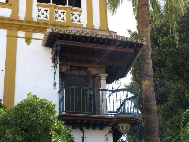 Balcón de Rosina en Sevilla. Obra Fígaro de Mozart. Foto: Sevilla Daily Photo. #Sevilla #Seville #sevillaytu @sevillaytu