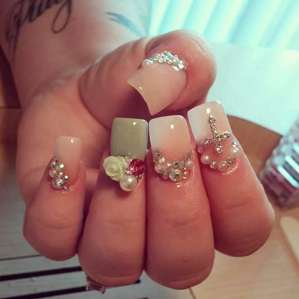 Lauren Nails. Love these nails Cute rhinestones.. Nude and mint ...