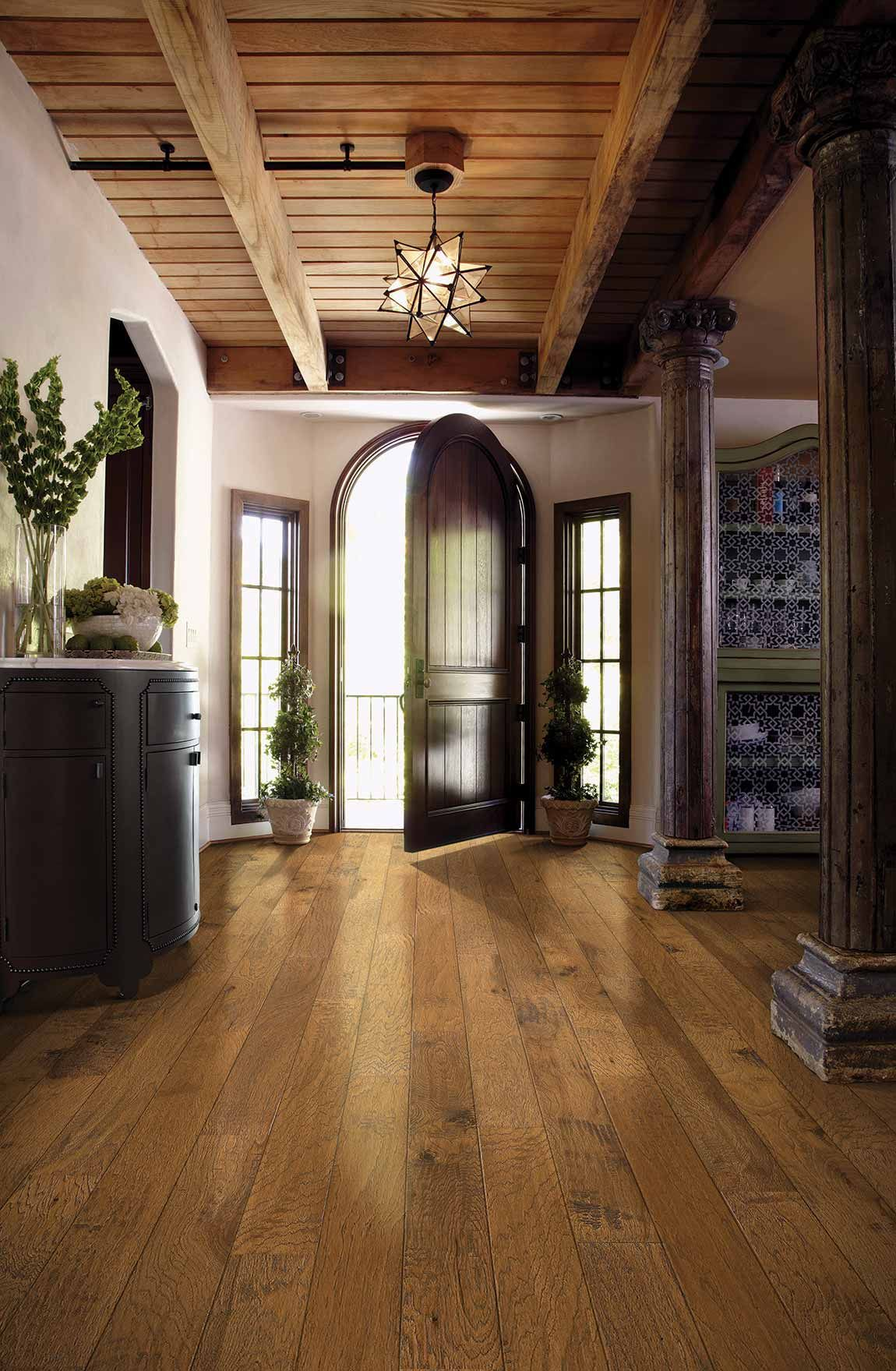 To Give A Large Scale Entryway A Cozy Farmhouse Feel We Recommend Installing Wide Plank Floors In Wood Beam Ceiling Reclaimed Wood Beams Ceiling Tuscan Design