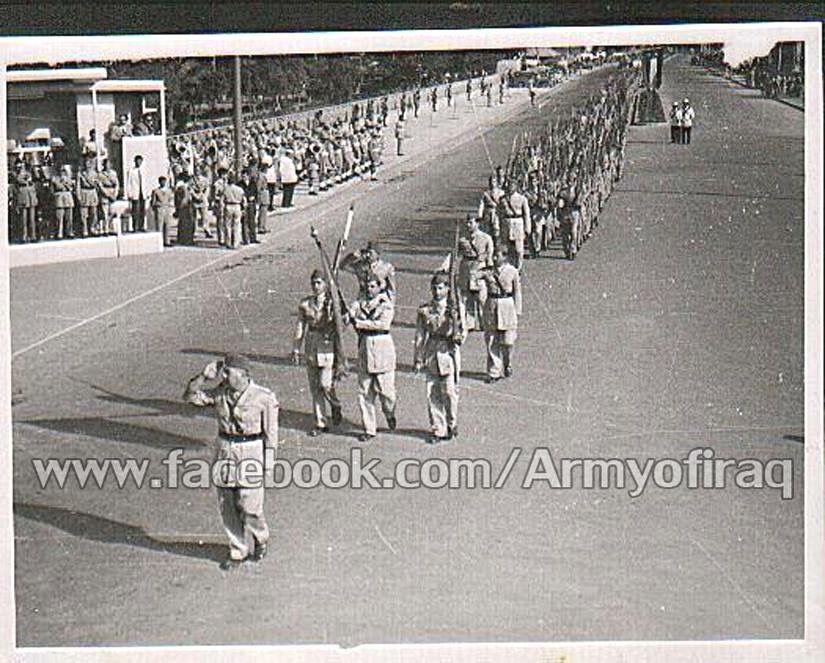 صورة لتشكيلات من صنوف الجيش العراقي البطل يستعرضون امام الملك فيصل الثاني بمناسبة عيد الجيش الاغر 1957م Photo Baghdad Olds