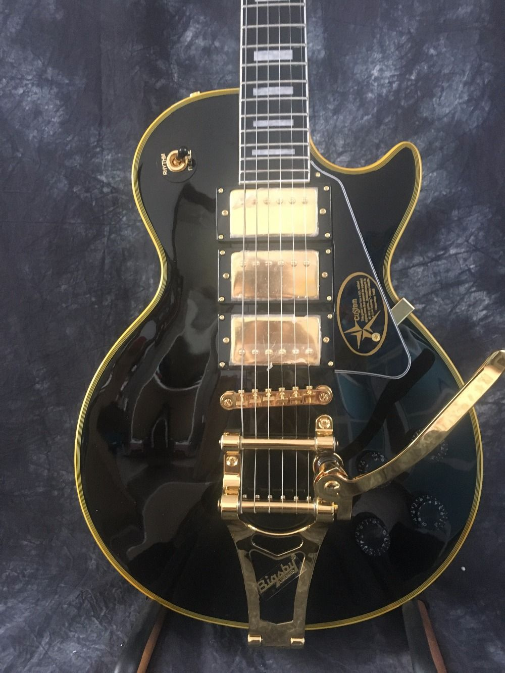 Human Factory Manufacturing Various Best Lp Custom Black Double Wave Electric Guitar Can Be Custom Made Ems Free Electric Guitar Guitar Custom Electric Guitars