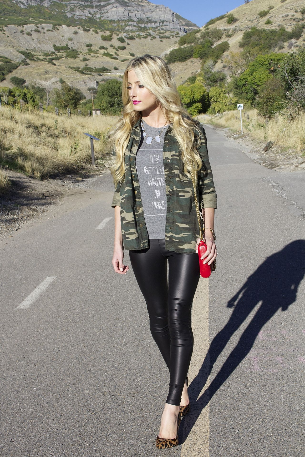 Pin by aru on leather pants | Pinterest | Shiny leggings, Leather ...