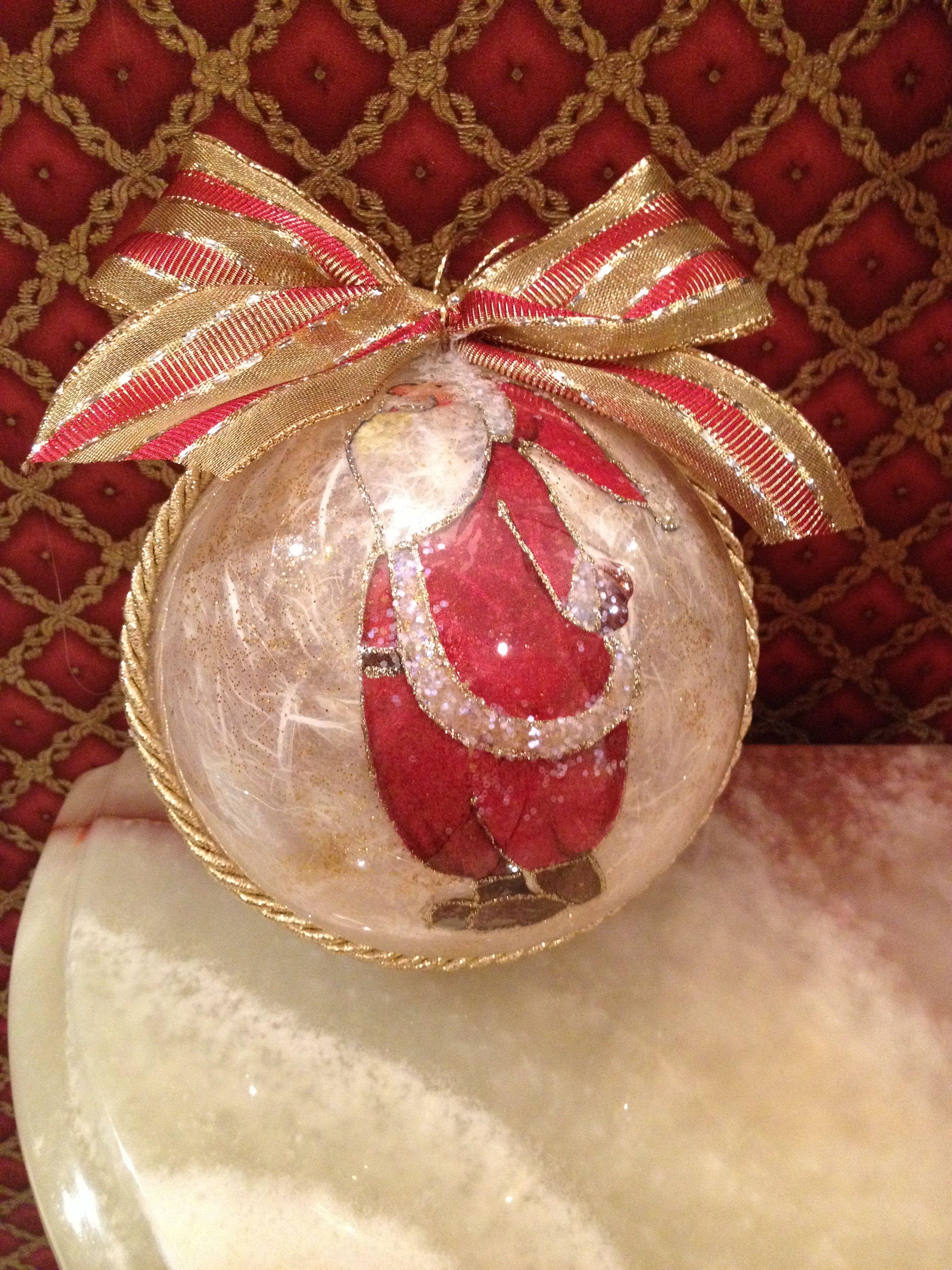 Sfera Babbo Natale in plexiglas e carta di riso. By Giusy Cer