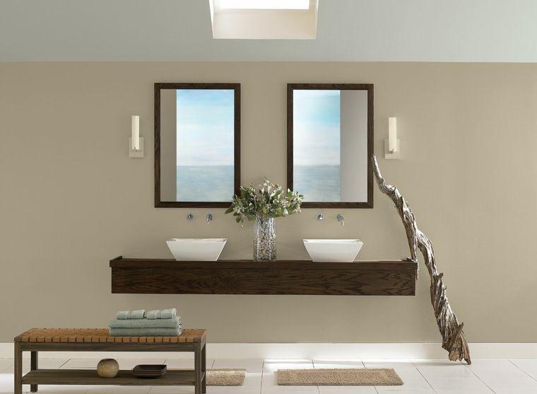 arredamento bagno con pareti color tortora, due specchi ...