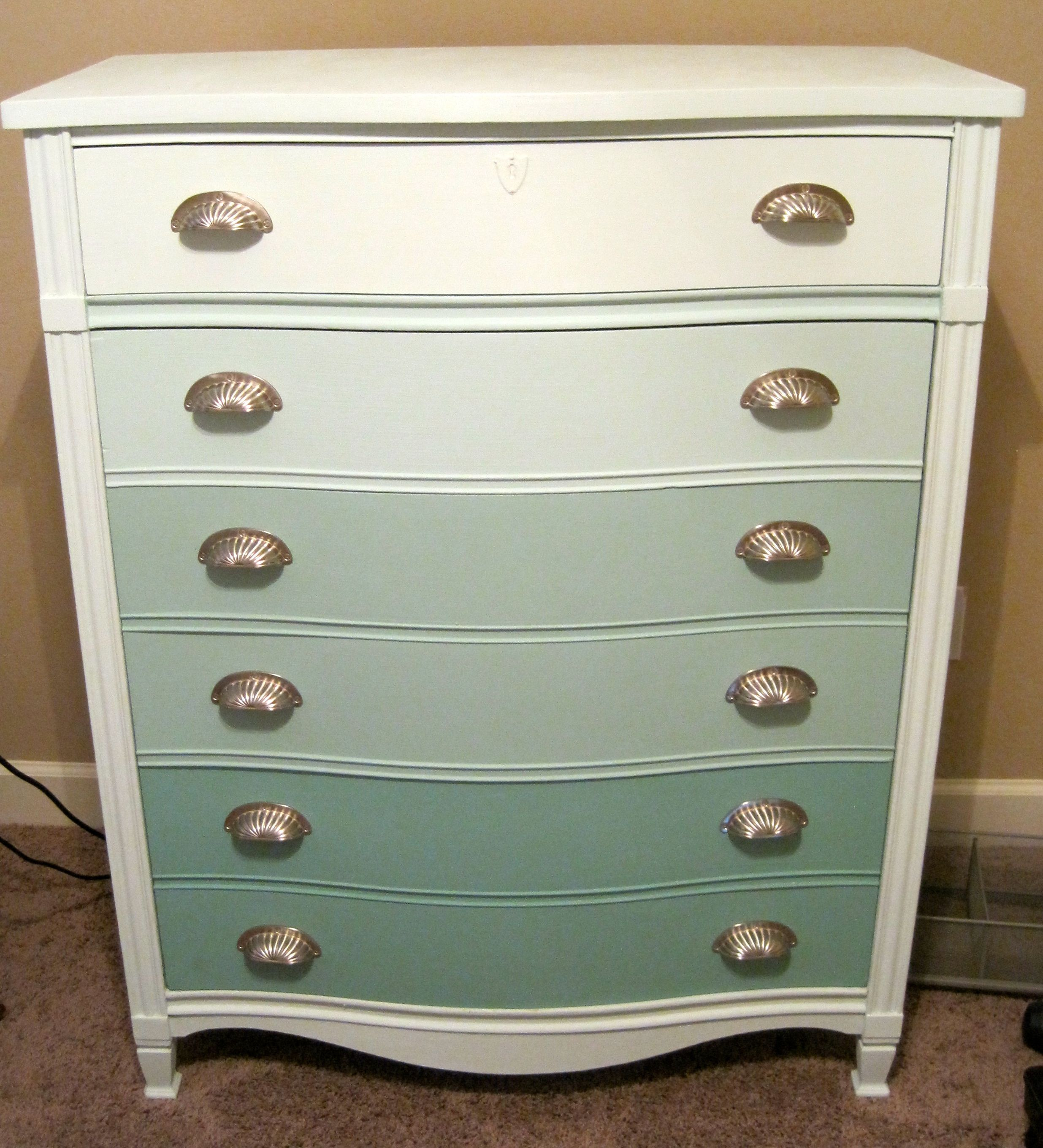 Ombre technique supplies and tips from sherwin williams - Ombre Dresser Done Using Homemade Chalk Paint Made Of Sherwin Williams Sample Paint Plaster