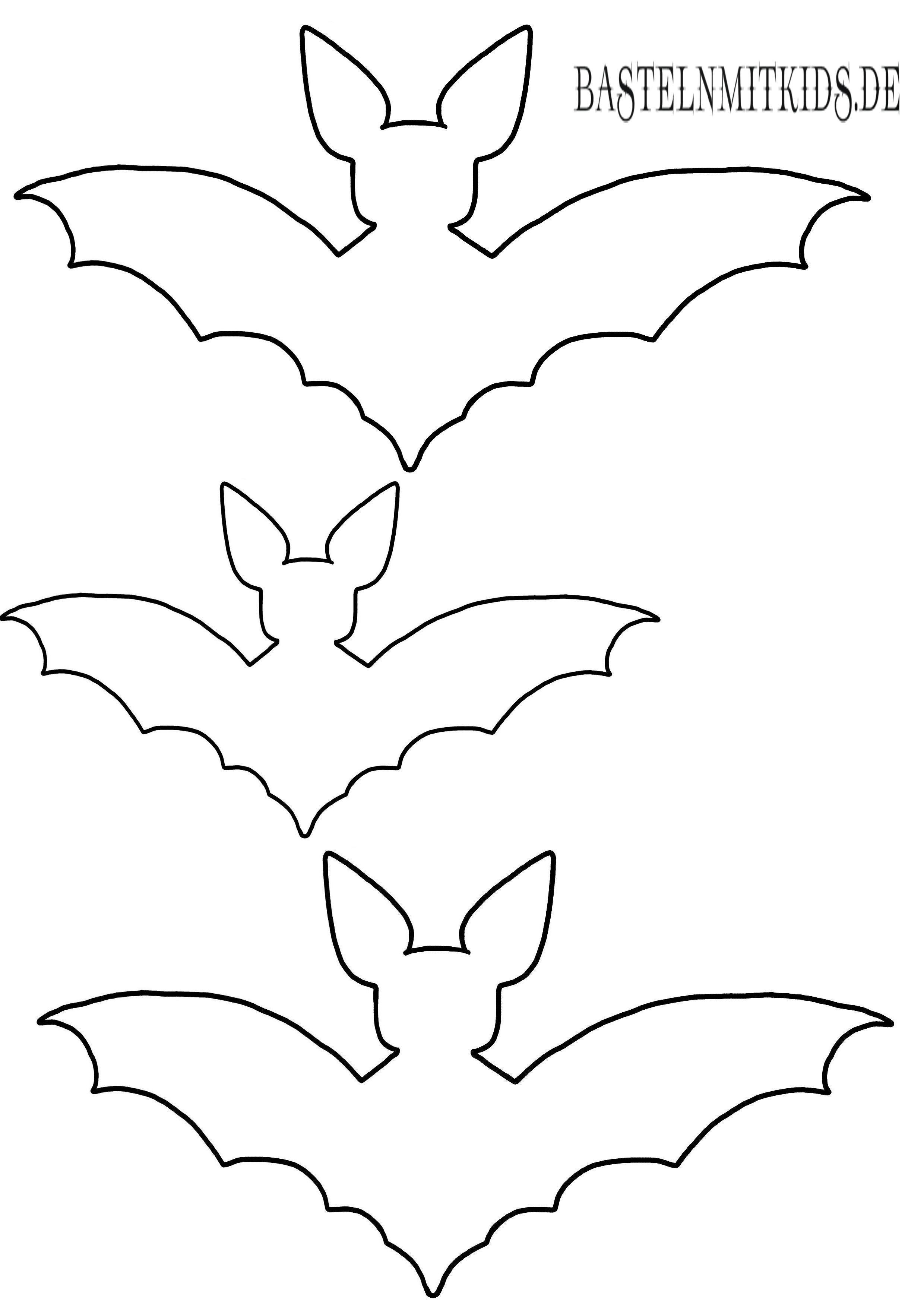 Fledermause Gut Fur Halloween Deko In 2020 Halloween Basteln Mit Kindern Fledermaus Basteln Basteln Halloween