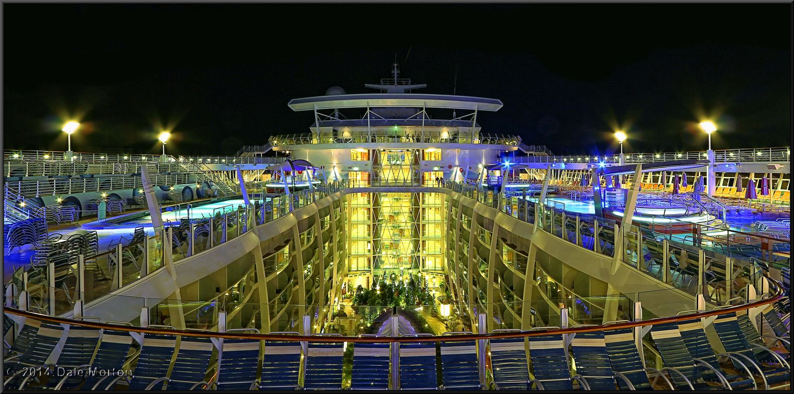After hours on the top deck of Oasis of the Seas. | Oasis Class ...