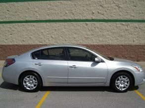 2010 Nissan Altima 4dr Sdn I4 CVT 2.5 Price 15,999 Body