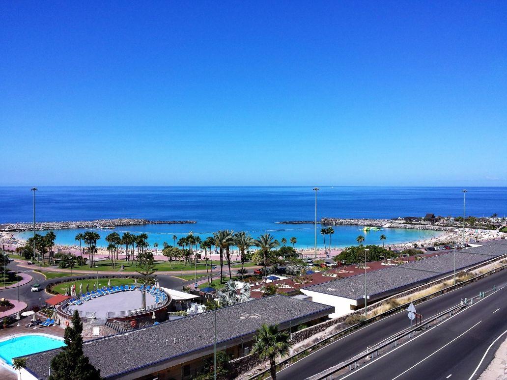 Hoy An La Playa Amadores Cerca De Puerto Rico Gran Canaria