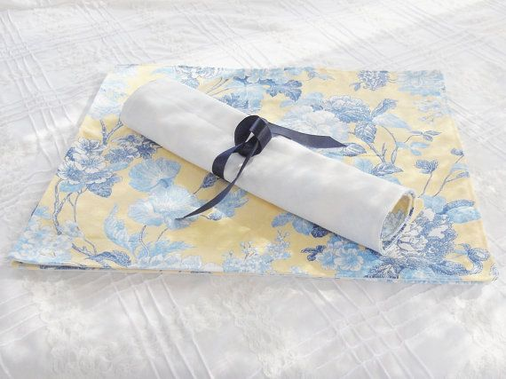 French Country Cottage Style Yellow And Blue Toile Placemats Country Cottage Style French Country Cottage Cottage Style