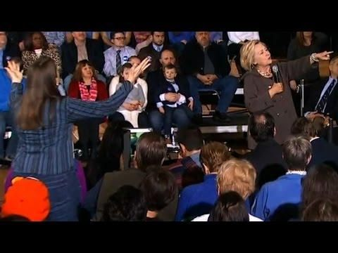 News Lawmaker heckles Clinton over sex scandals  [ad_1] Hillary Clinton bluntly addressed a Republican state representative heckling her about Bill Clinton's alleged sexual impropriety in New Hamps... http://showbizlikes.com/lawmaker-heckles-clinton-over-sex-scandals/