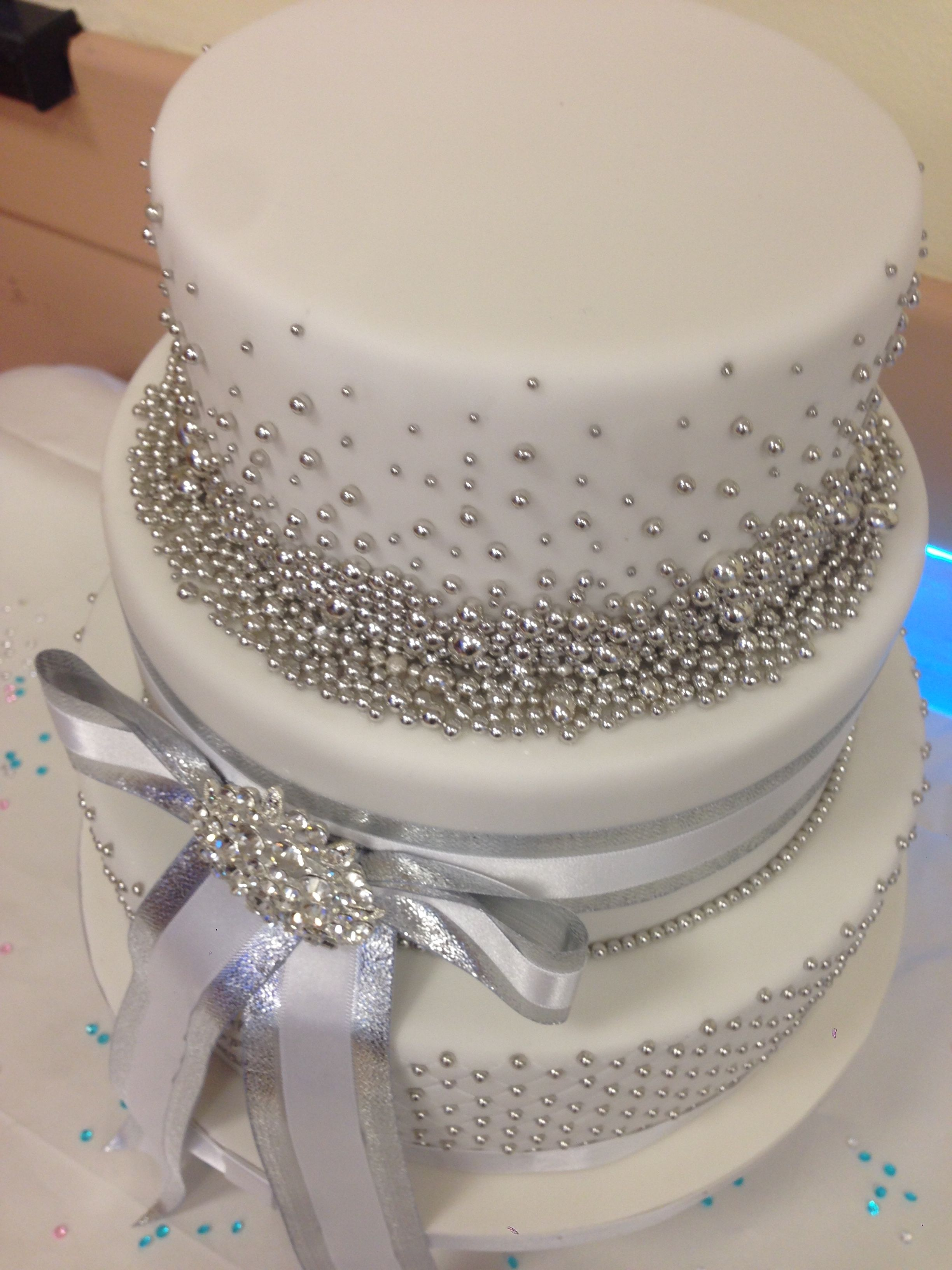 25th Silver Wedding Anniversary Cake With Images Silver