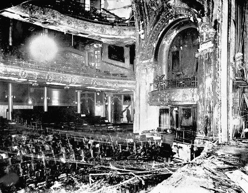 December 30 1903 Iroquois Theatre Fire In Chicago Kills 605 In