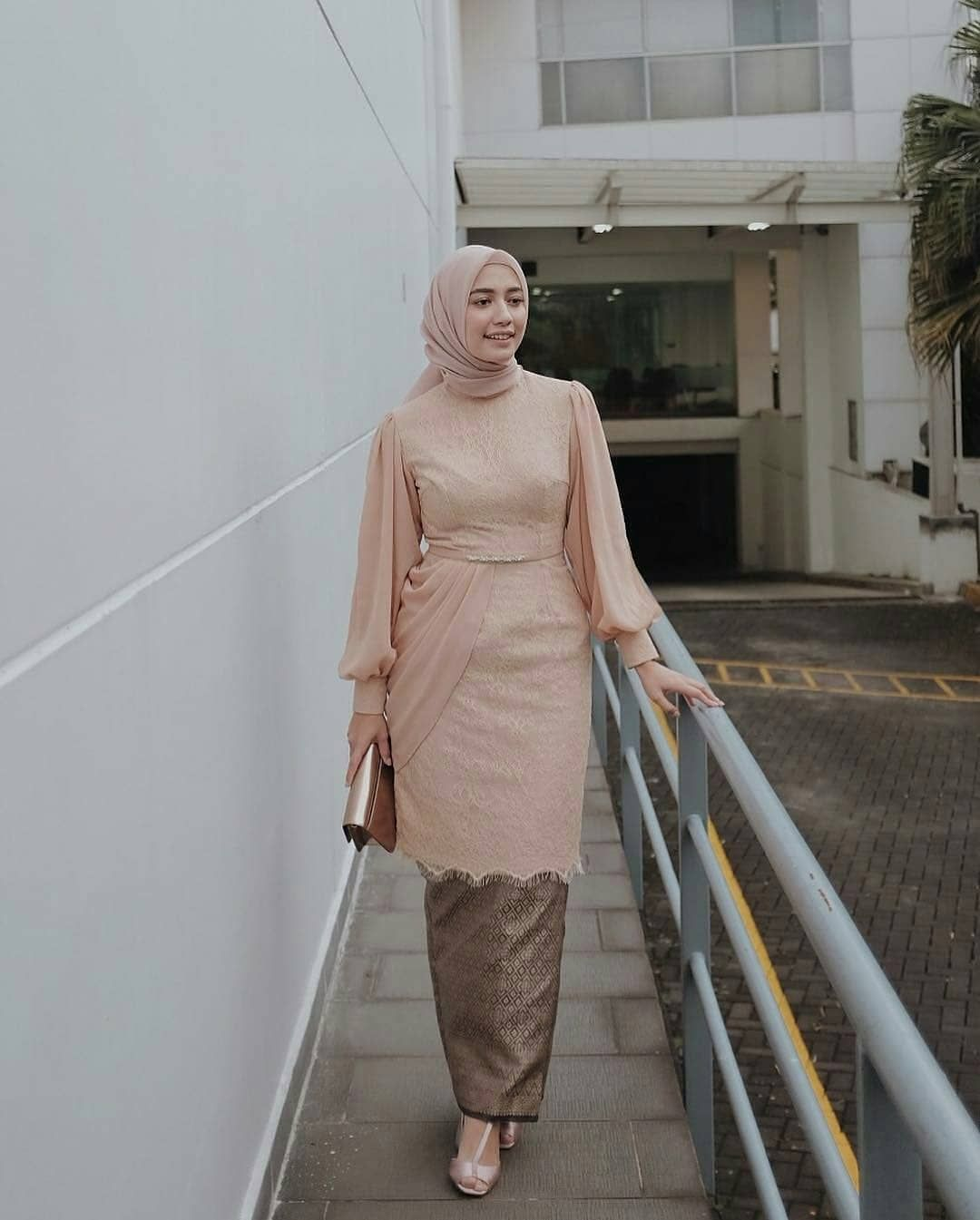 Pin by Nur Atiqa Adeng on Fashion dresses in 10  Muslimah