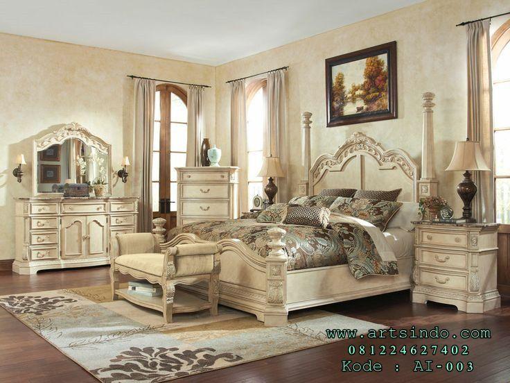 Jual Set R Tidur Mewah Klasik Tiang Pilar Model Elegan Terbaru