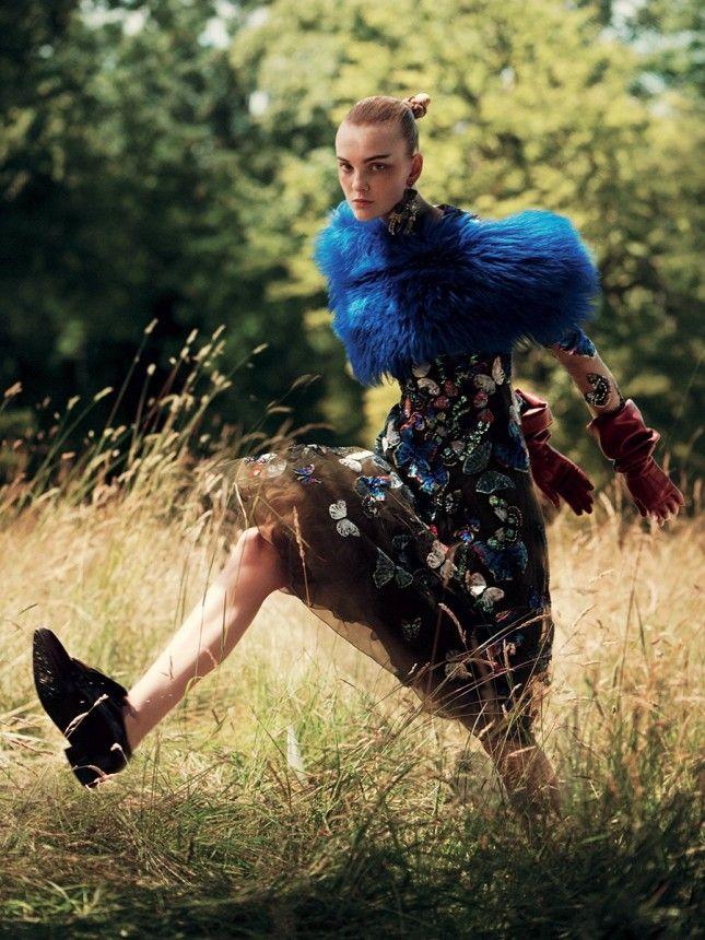 Belle Fleur: Caroline Trentini Models Fall's Floral and Embellished Looks – Vogue