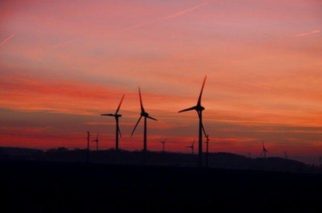 USA: Erneuerbare Energien liegen 2015 erneut vor fossilen Brennstoffen