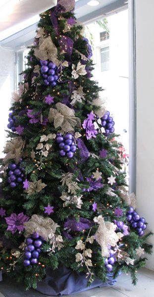 Balls Grouped Together Purple Christmas Tree Decorations Purple Christmas Tree Amazing Christmas Trees