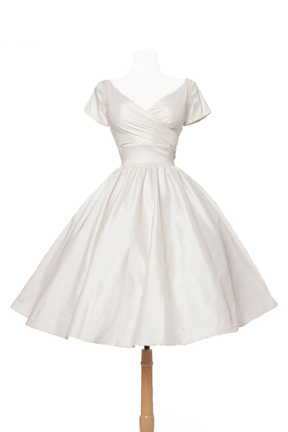 Pinup Couture Ava Swing Dress In Ivory Taffeta Clothing