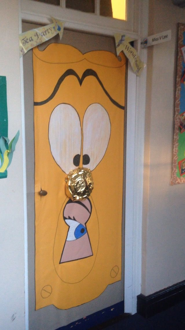 Alice in Wonderland door & Alice in Wonderland door | Lion King \u0026 Alice | Pinterest | Alice ...