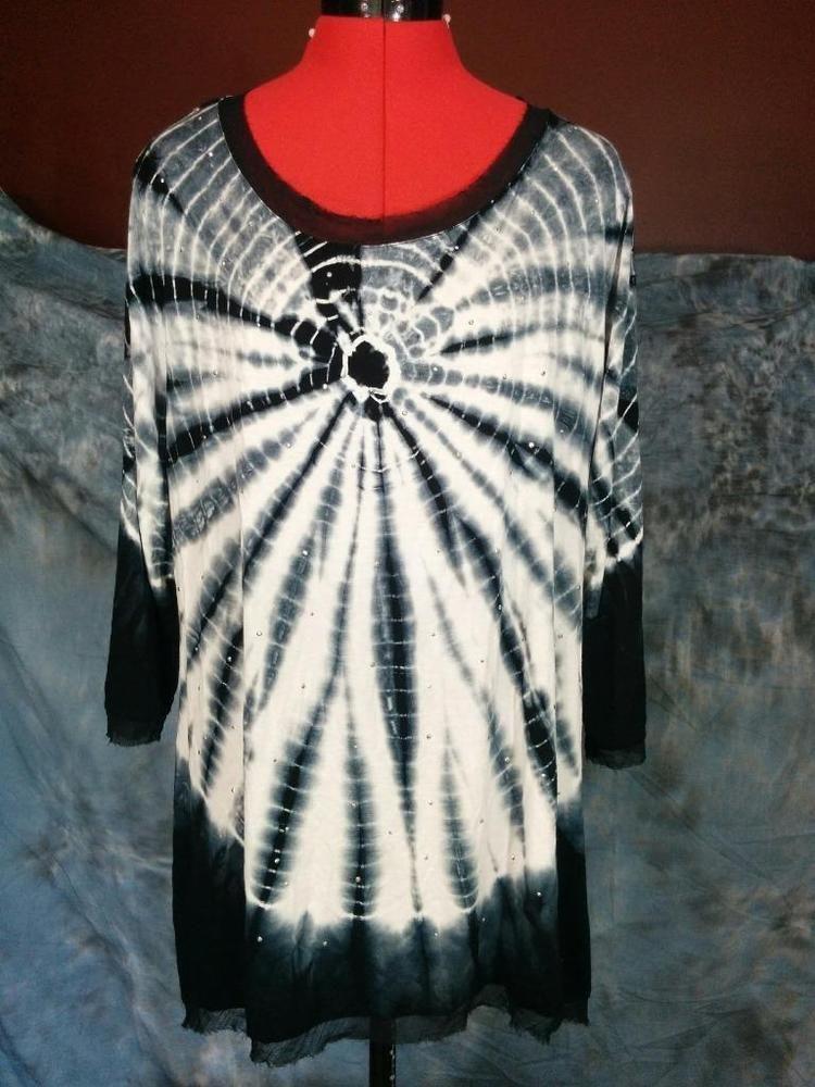 a6490c3a9305c Tie Dye Stretch Knit Blouse Chiffon Trim Black   White Plus Size 1X Silver  Studs