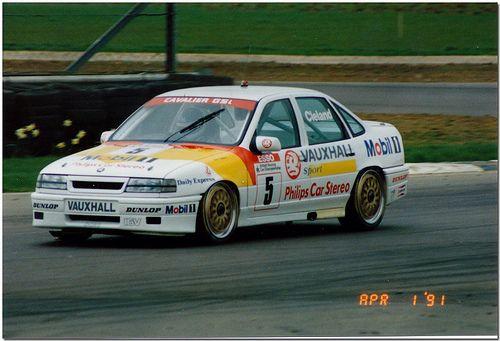 John Cleland Vauxhall Cavalier Touring Car 1991 British Touring Car Championship Silverstone Vauxhall Touring Btcc