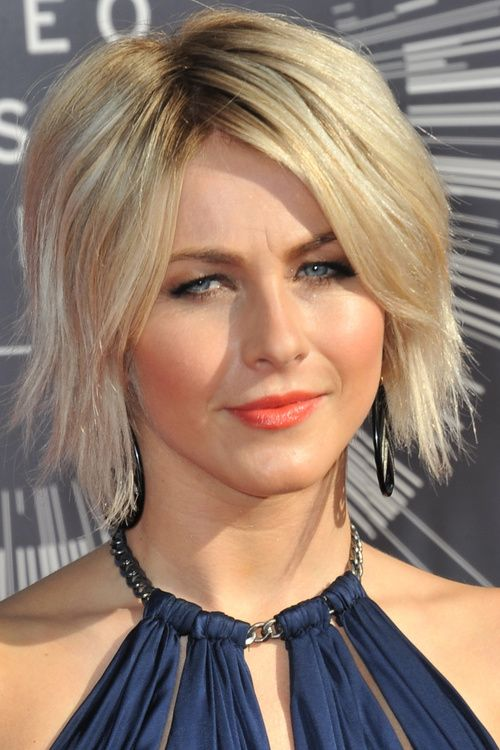 Short Layered Angled Bob Hairstyles With Side Bangs For Straight Blonde Hair In Formal Event Funky Women