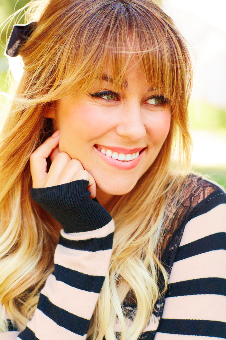 stripes and sassy cat eye. #lclaurenconrad