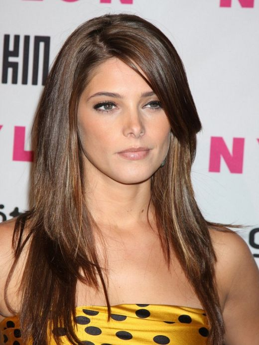 21 Beautiful Layered Hairstyles With Side Bangs 2013 Long Straight Hair Straight Hairstyles Easy Hairstyles For Long Hair