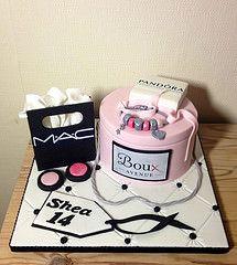 Remarkable Shoppers Cake Rachelmanningcakes1 Tags Cake Shopping Mac Ts Funny Birthday Cards Online Benoljebrpdamsfinfo