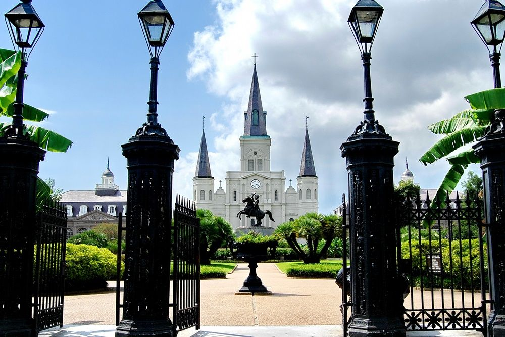 8 reasons to move to louisiana st louis cathedral