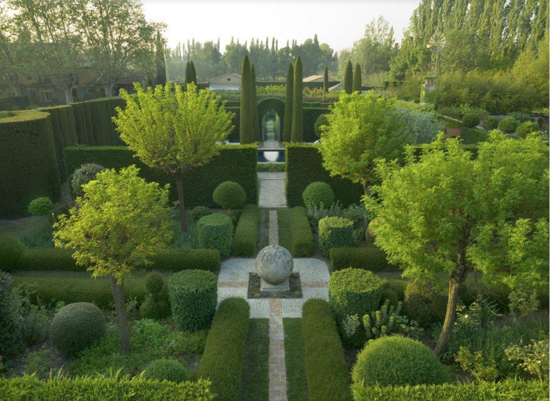 Dominique La fourcade | g a r d e n s | Pinterest | Gardens, Formal ...