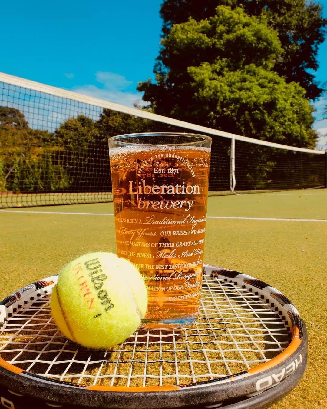 Roger and Serena played great games this afternoon and we love the #Wimbledon spirit this year      #wimbledon #federer #djokovic #tennis #nadal #beer #craftbeer #niketennis #tennisplayer #beerporn #instabeer #beerstagram #beergeek #tenniscourt #bier #wilson #tennisball #beertography #serenawilliams