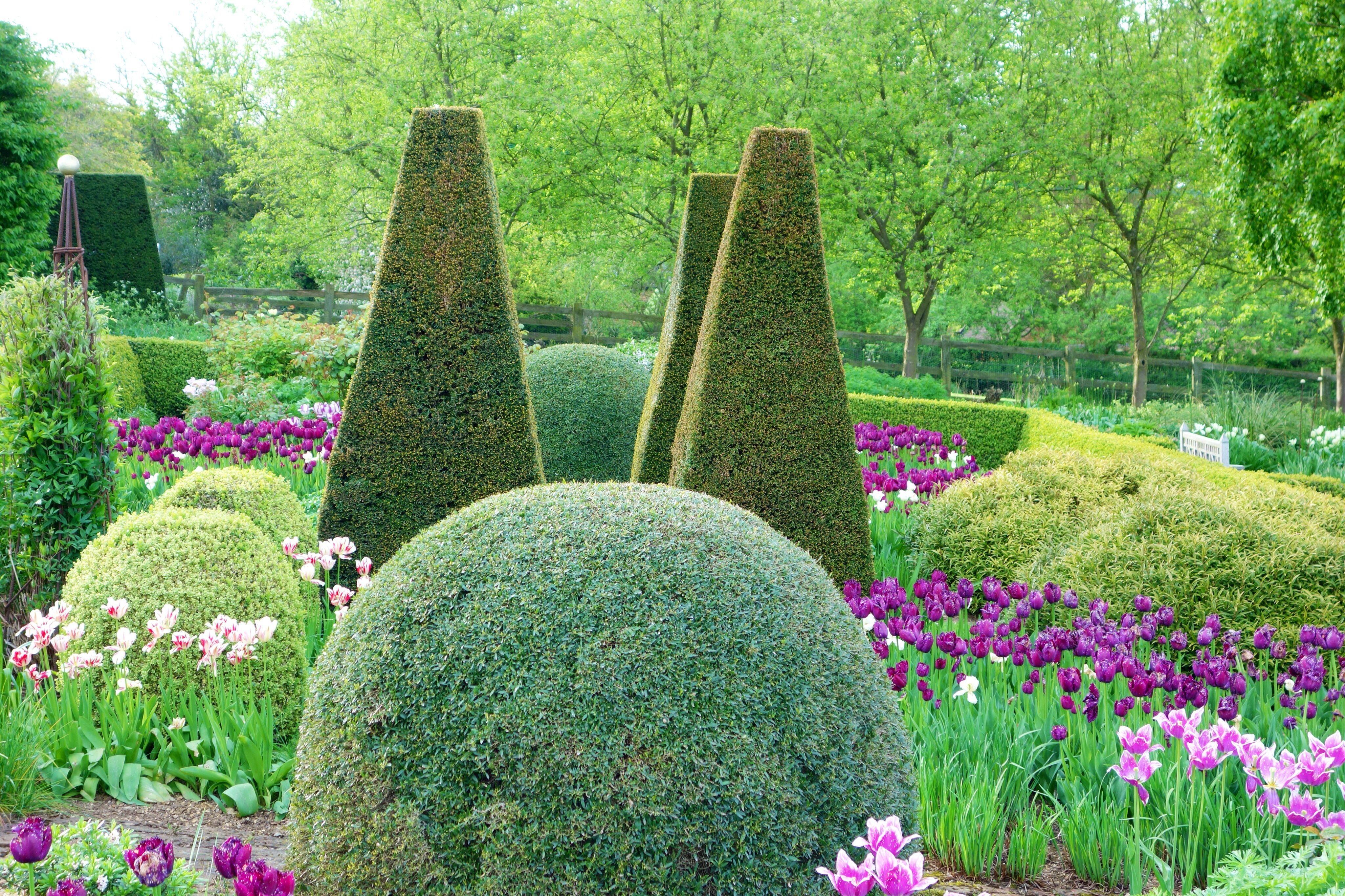 Pettifers North Oxfordshire Country Gardening Garden Inspiration Secret Garden