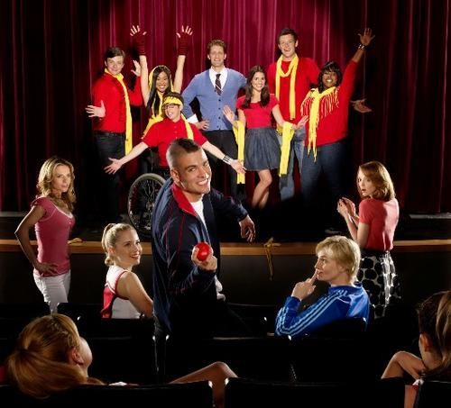 GLEE CAST at the beginning