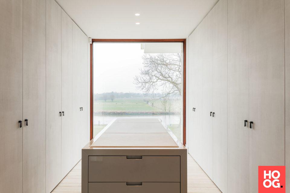 Modern Interieur Ideeen : Dressing in modern interieur garderobe ideeën kledingkamer