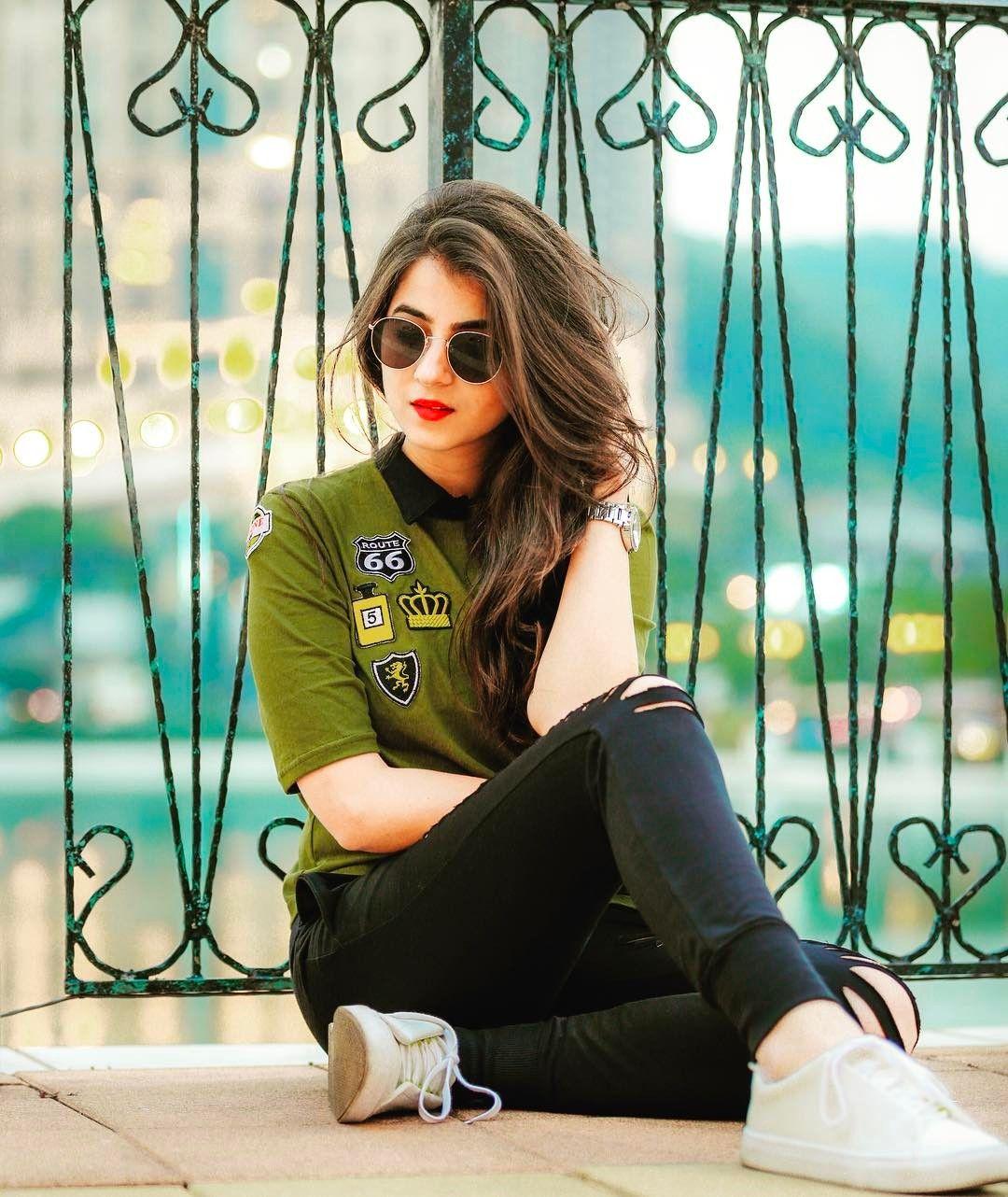 Girls stylish dp for facebook set catalog photo