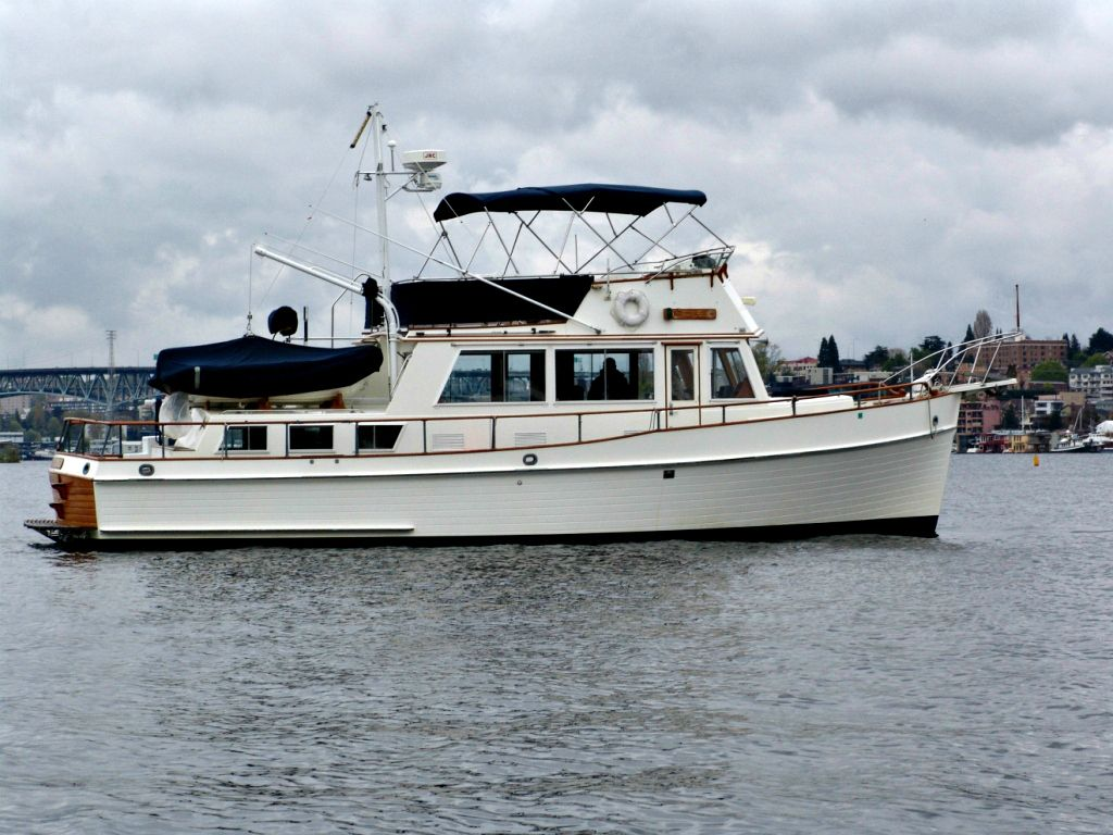 1984 Grand Banks 42 Classic In Seattle Wa Soldboats Grandbanks Trawlers Trawler Yacht Grand Banks Yachts Boat