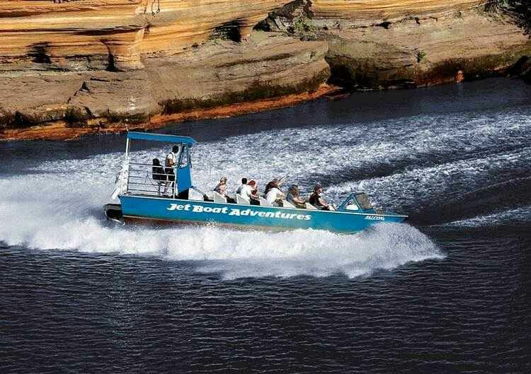 Jet boat tour wisconsin dells jet boats wisconsin travel