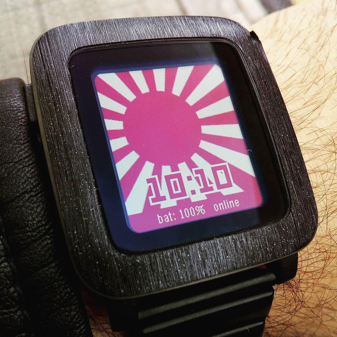 que hace un #pebbler cuando va de evento? Buscar una #watchface adecuada #pebble #smartwatch #japon #manga #bilbao