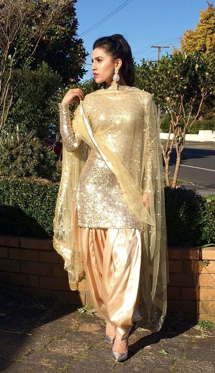 Pin de Kim en Punjabi suits | Pinterest