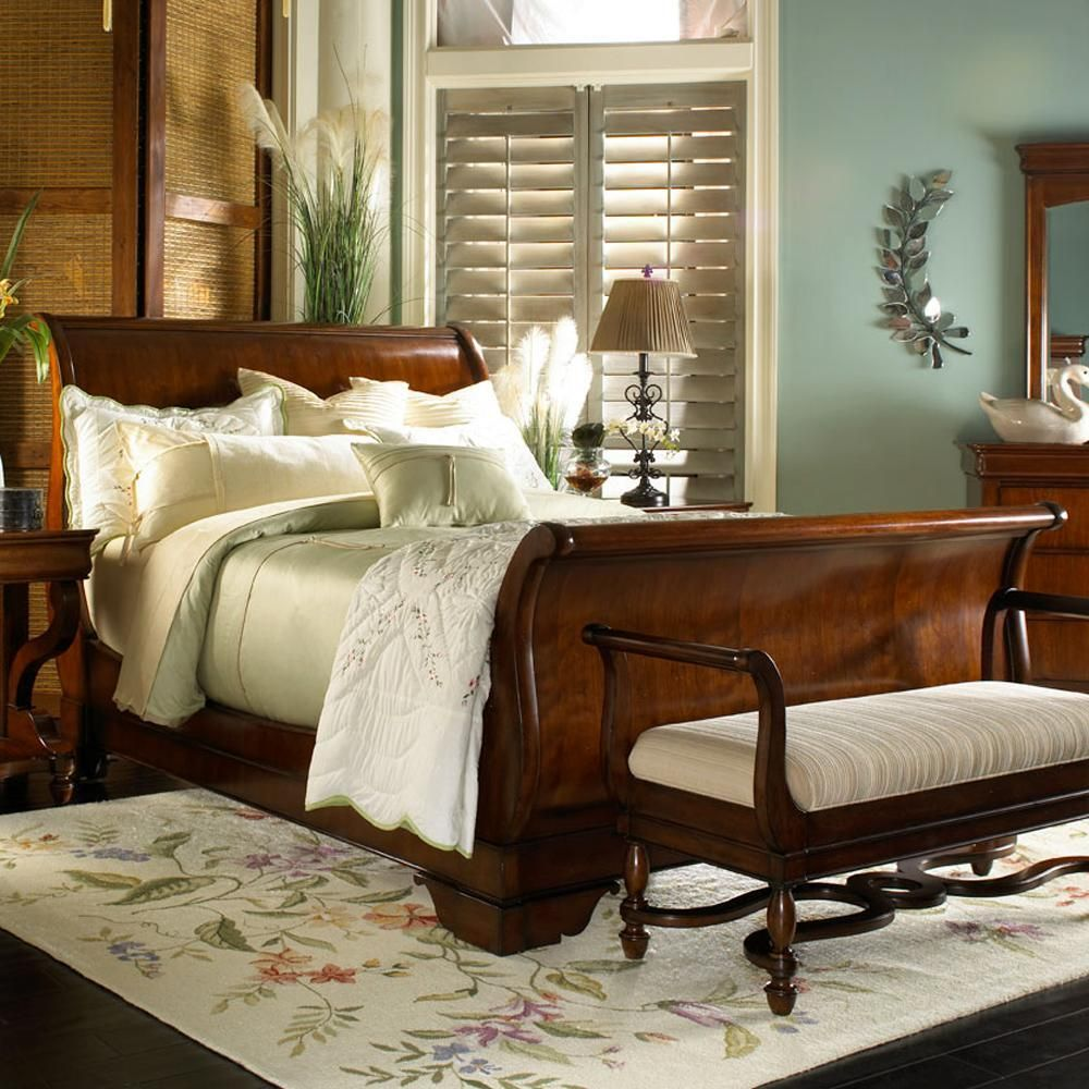 Louis philippe 749 king sleigh bed by belfort signature - Grange louis philippe bedroom furniture ...