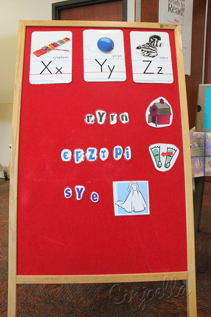 scrambled words literacy game